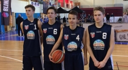 Basketbolisti 3x3 skolu čempionātā